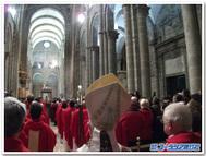 スペインの聖地サンティアゴ・デ・コンポステラ大聖堂のミサにて