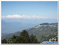 インド、ダージリンよりヒマラヤ山脈を望む