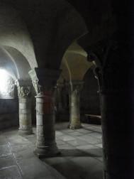 フランス、サン・パリーズレ・シャテルのサン・パトリック教会クリプタ