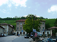 Barolo_village_2