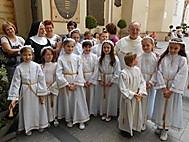 聖体拝領の日を迎えた子供たち
