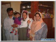 Hunza_family
