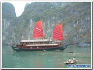 Halong_boat