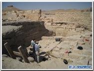 Palmyra_tomb_exterior