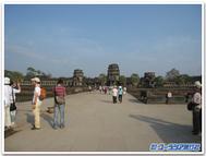 Angkor_west1