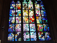 プラハ城聖ビート教会のステンドグラス