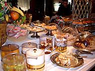 ギリシャツアー朝食風景(一例)
