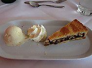 スイス、エンガディンケーキ