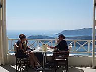 ギリシャ、サントリーニ島フィラにて