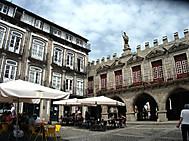 ユーラシア旅行社のポルトガルツアーで行くギマランイス