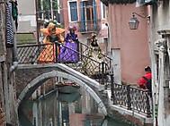 ユーラシア旅行社のイタリアツアー、ヴェネツィアのカーニバルにて