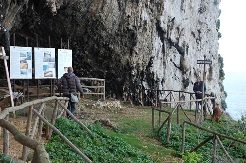 エガディ諸島ツアー、レヴァンツォ島ツアー