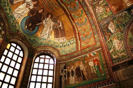 ユーラシア旅行社のイタリアツアー、ラヴェンナ、サン・ヴィターレ聖堂
