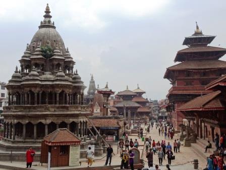 ユーラシア旅行社で行くネパールツアー、世界遺産の古都パタンにて