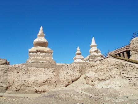 黒水城の仏塔