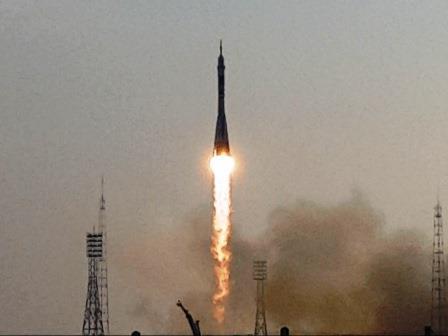 2016年7月7日7時36分 ソユーズロケット打ち上げ