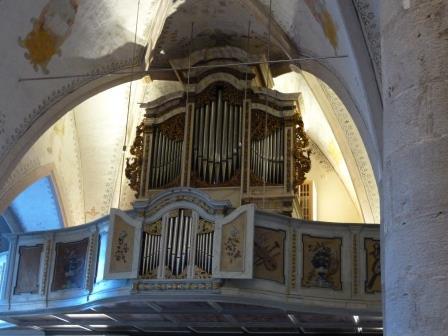 聖母被昇天教会のパイプオルガン