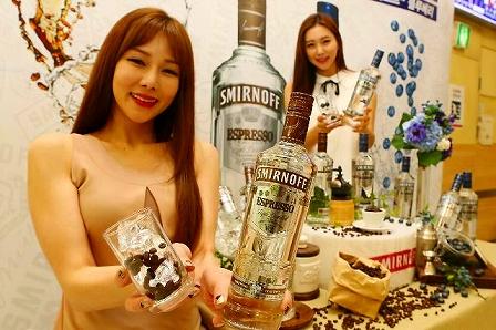 スミノフ新商品発売(写真提供Diageo Korea Co. Ltd)