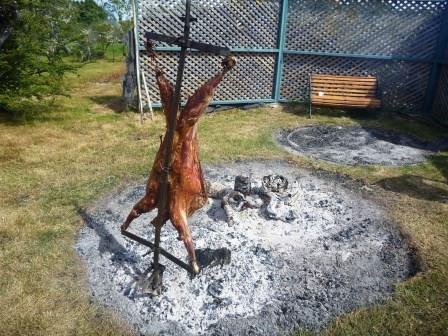パタゴニア名物、羊の丸焼き