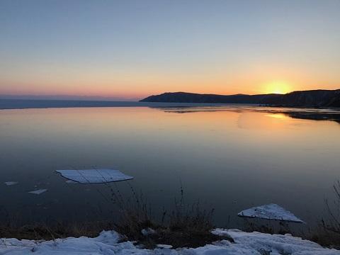 バイカル湖の夕日