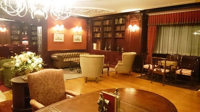 ブリティッシュヒルズの図書室