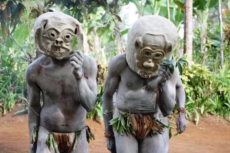 パプアニューギニアの泥人間