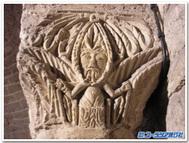 ディジョン、サン・ベニーニュ大聖堂の葉人間