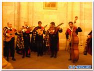 サンティアゴのオブラドイロ広場でであった楽団