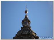 サンティアゴ大聖堂のともしび