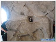 ロバに乗るバラム(フランス、オータン、サンラザロ教会の柱頭彫刻)