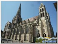 フランス、オータン、サンラザーロ教会