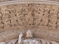 フランス、アルルのサンジル教会