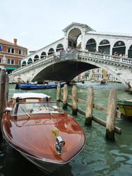 ユーラシア旅行社のイタリアツアー、ヴェネツィアのリアルト橋
