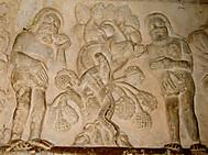 ユーラシア旅行社のスペインツアーで行くジローナの大聖堂回廊「アダムとイヴ」1